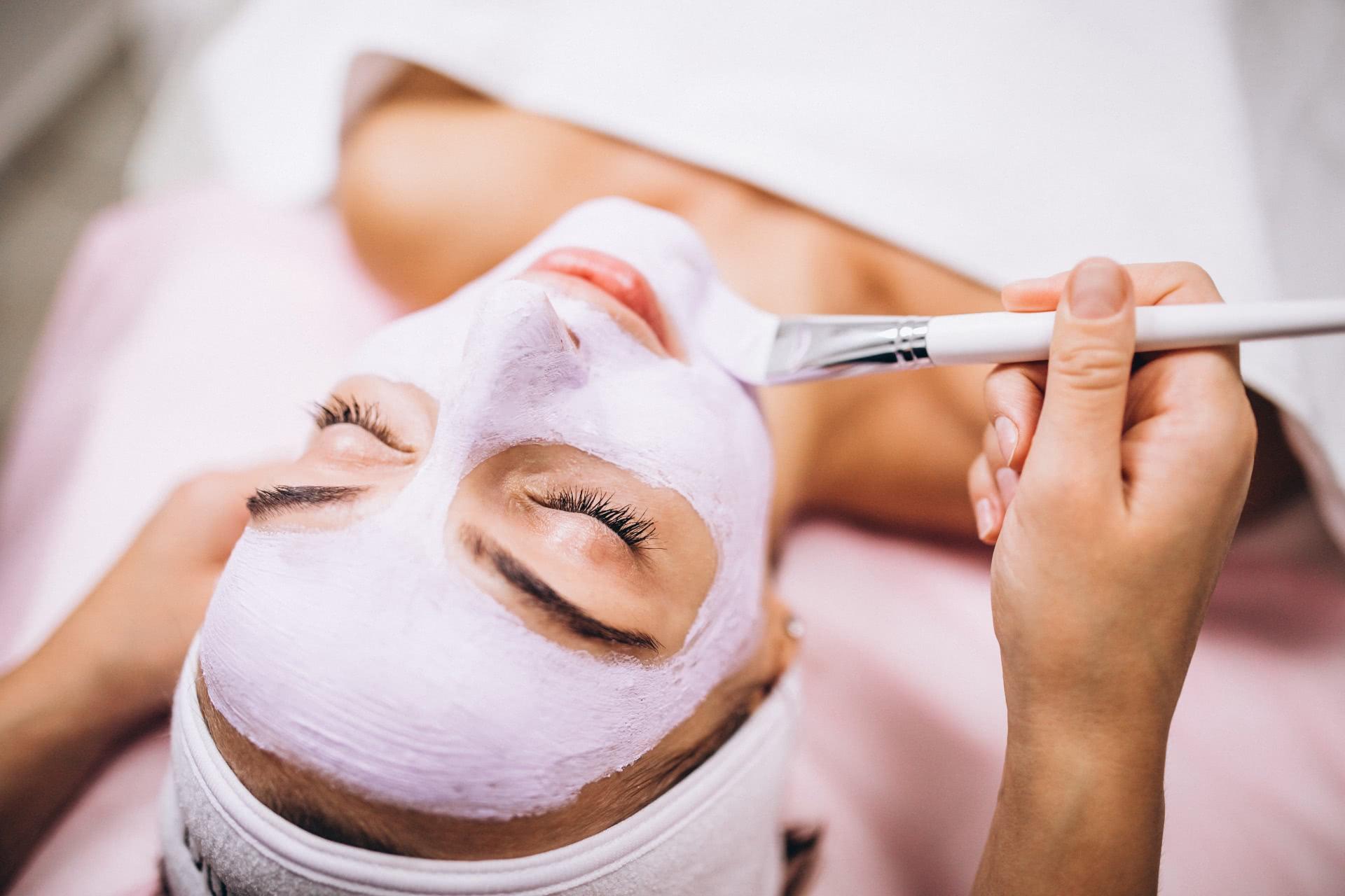 kozmetikai bőrmegújító arckezelés, tavaszváró bőrmegújítás
